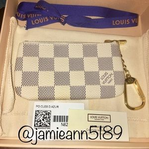 NEW WITH TAGS Louis Vuitton Damier Azur Key Pouch